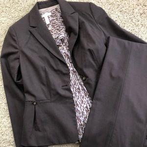 Banana Republic Pant Suit Size 4